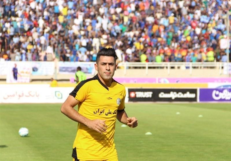 زهیوی: بازی در شاهین شهرداری بوشهر افتخار است اما هنوز قراردادی امضا نکرده ام