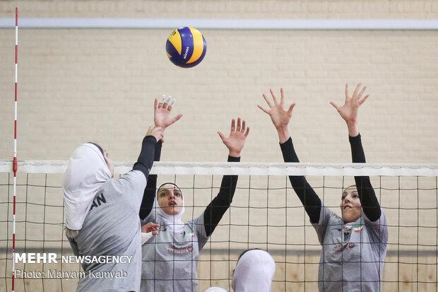 کرمان و تهران قهرمان والیبال و فوتسال دانش آموزان کشور شدند