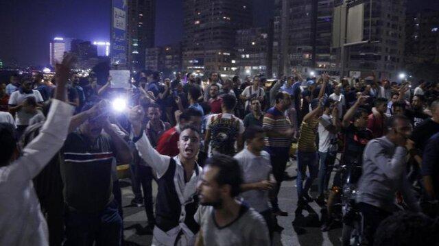 تظاهرات مصری ها برای برکناری سیسی ادامه دارد، اعتراضات علیه رئیس جمهور مصر در آمریکا و کانادا