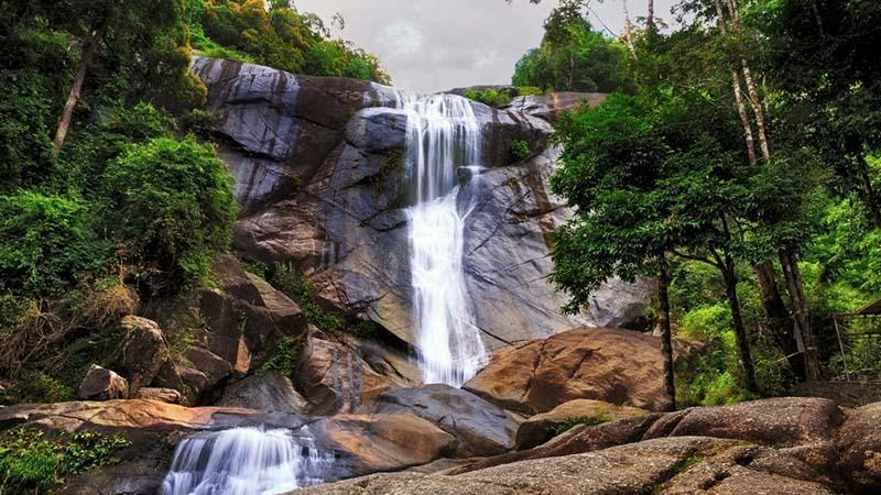سفر به لنکاوی، جزیره طلسم شده مالزی