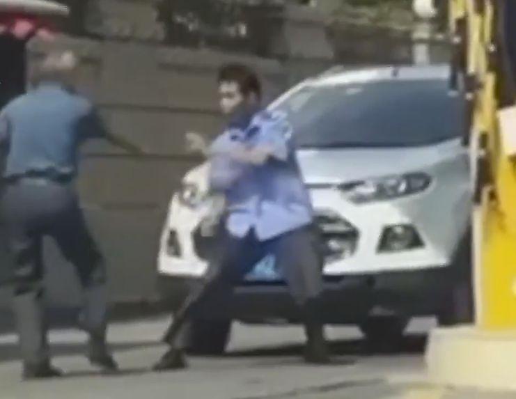 جدال خنده دار دو چینی در خیابان سوژه کاربران شد