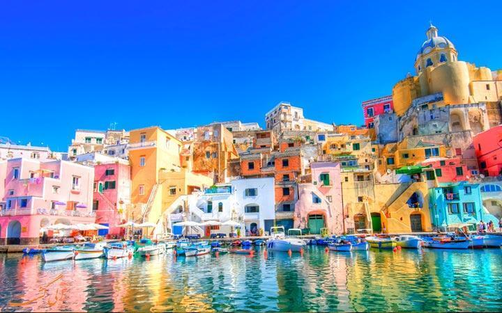 با رنگارنگ ترین جاذبه های گردشگری جهان آشنا شوید