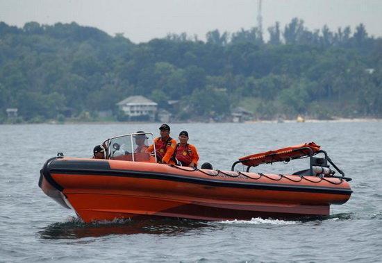 افزایش تلفات حادثه واژگونی قایق در اندونزی
