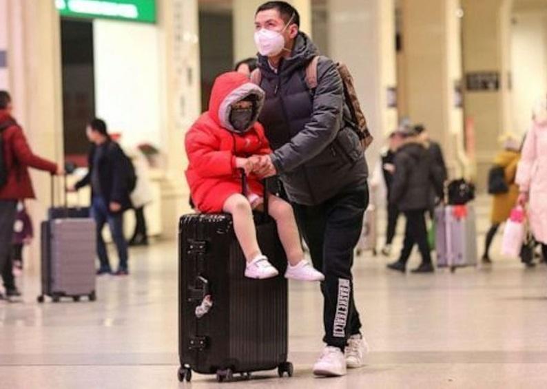 مسافران ورودی از چین از نظر علائم ابتلا به کرونا کنترل می شوند
