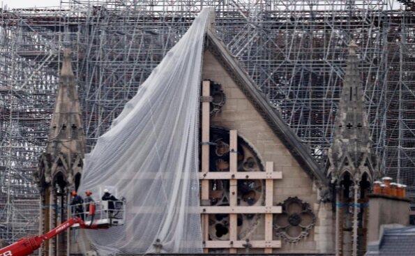 بازسازی بخشی از کلیسا نوتردام
