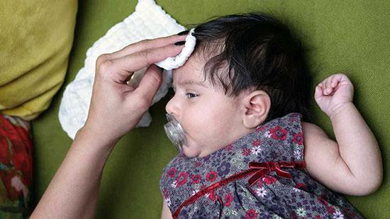 عرق کردن زیاد کودک چه علتی دارد؟