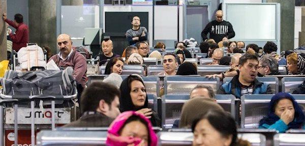 اعلام ادامه ممنوعیت ورود گروه های خارجی به ایران