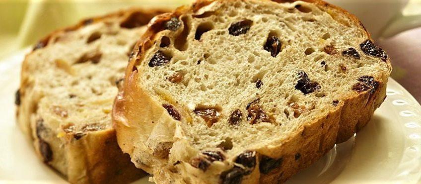 طرز تهیه نان کشمشی
