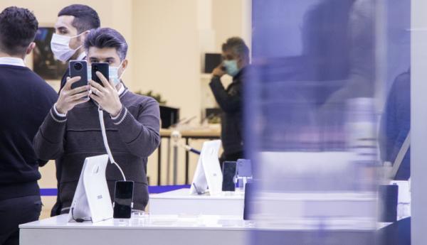 موبایل ساخت ایران استاندارد است؟، ایران قطعات موبایل نمی سازد