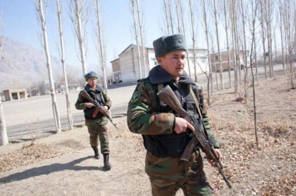 درخواست مسکو از تاجیکستان و قرقیزستان برای حل اختلافات به وسیله مصاحبه