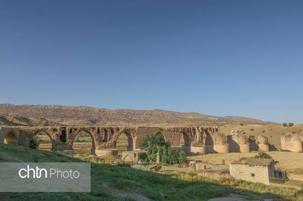 بازسازی و استحکام بخشی پل کشکان در لرستان