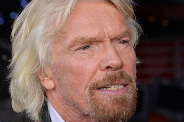 بنیانگذار شرکت های ویرجین به فضا می رود