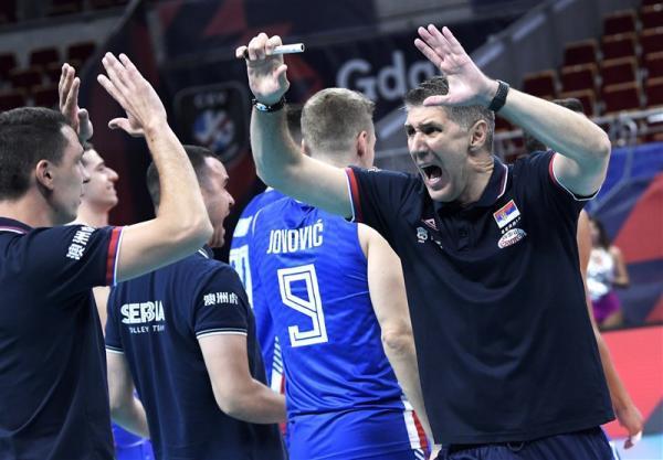 تور هلند ارزان: والیبال قهرمانی اروپا، شاگردان کواچ صعود کردند، هلند بعد از 12 سال به یک چهارم نهایی رسید